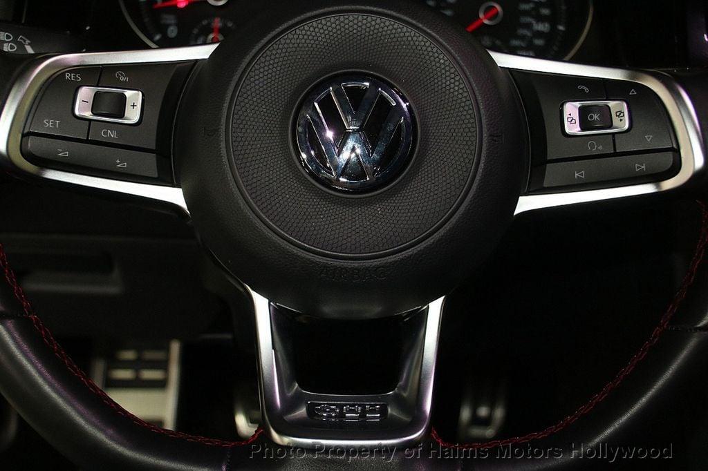 2017 Volkswagen Golf GTI 2.0T 4-Door SE DSG - 17245882 - 25