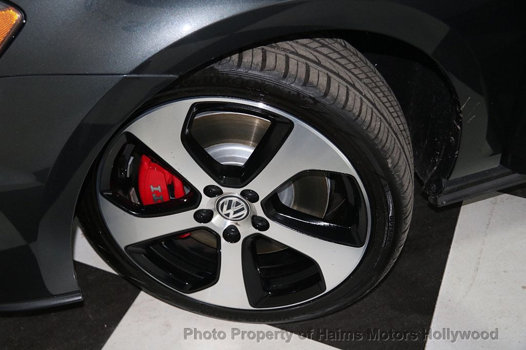 2017 Volkswagen Golf GTI 2.0T 4-Door SE DSG - 17245882 - 30