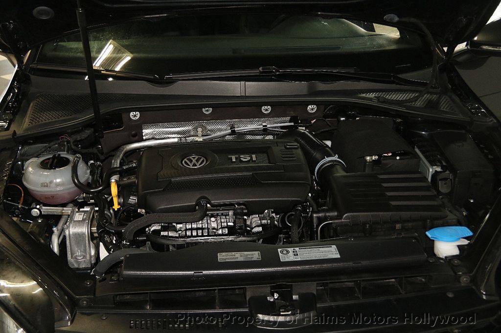 2017 Volkswagen Golf GTI 2.0T 4-Door SE DSG - 17245882 - 31