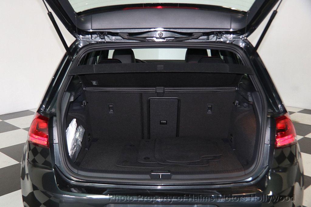 2017 Volkswagen Golf GTI 2.0T 4-Door SE DSG - 17245882 - 8