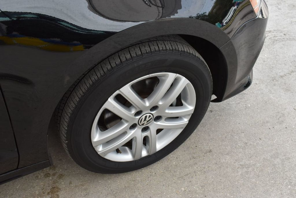2017 Volkswagen Jetta 1.4T S Automatic - 18712685 - 9