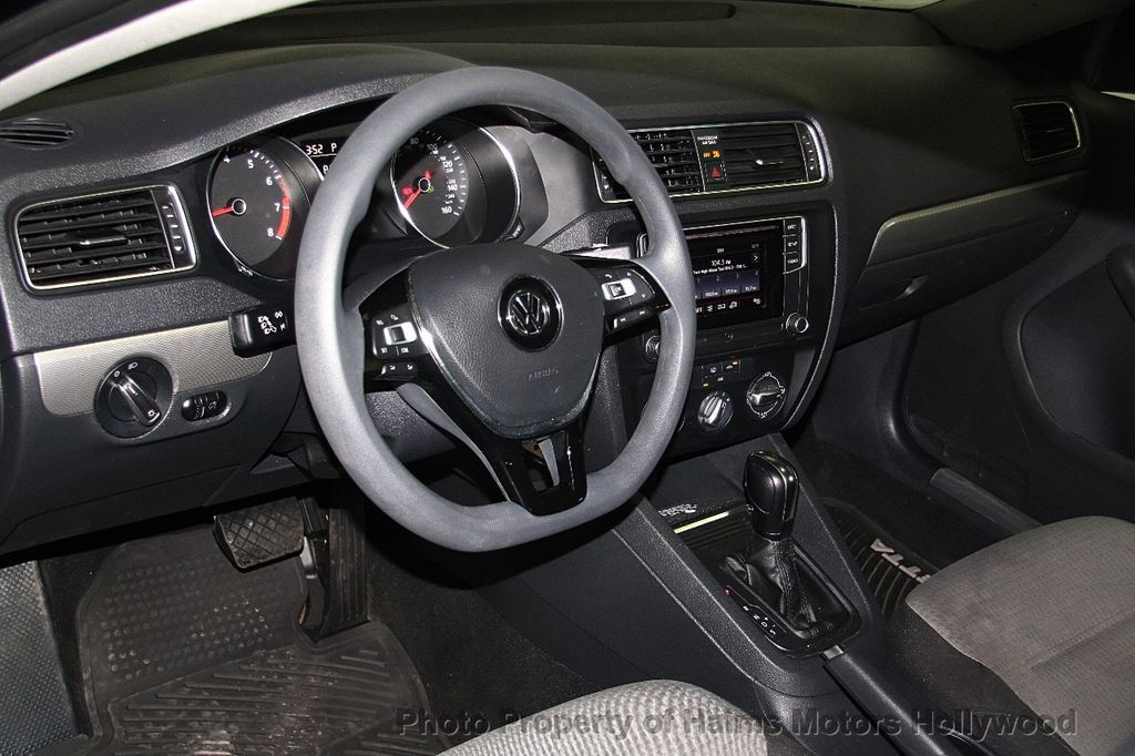 2017 used volkswagen jetta 1 4t s automatic at haims motors hollywood serving fort lauderdale. Black Bedroom Furniture Sets. Home Design Ideas