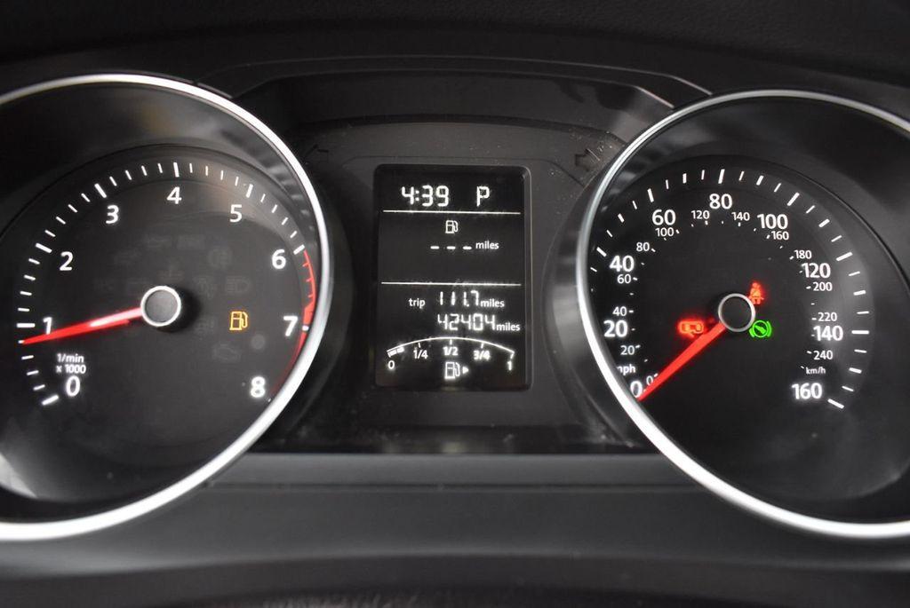 2017 Volkswagen Jetta 1.4T S Automatic - 18571136 - 18