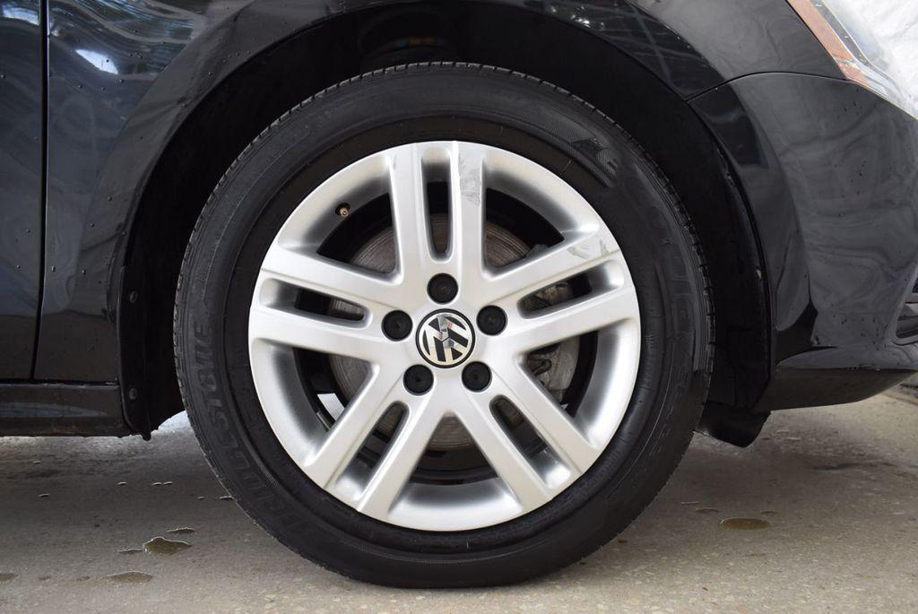 2017 Volkswagen Jetta 1.4T S Automatic - 18571136 - 6