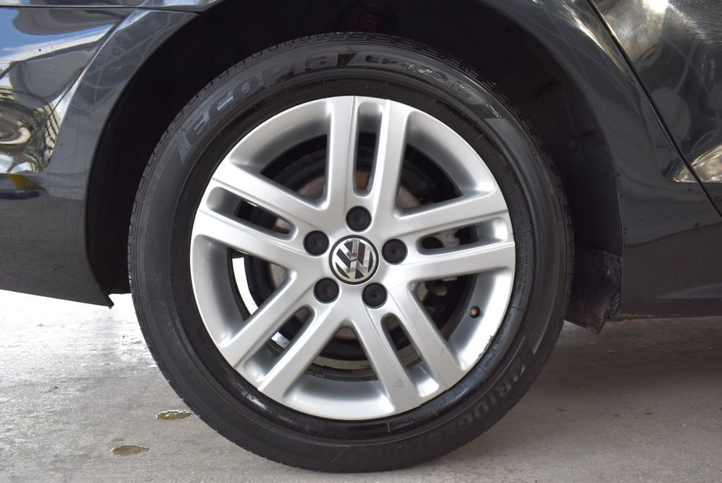 2017 Volkswagen Jetta 1.4T S Automatic - 18571136 - 7