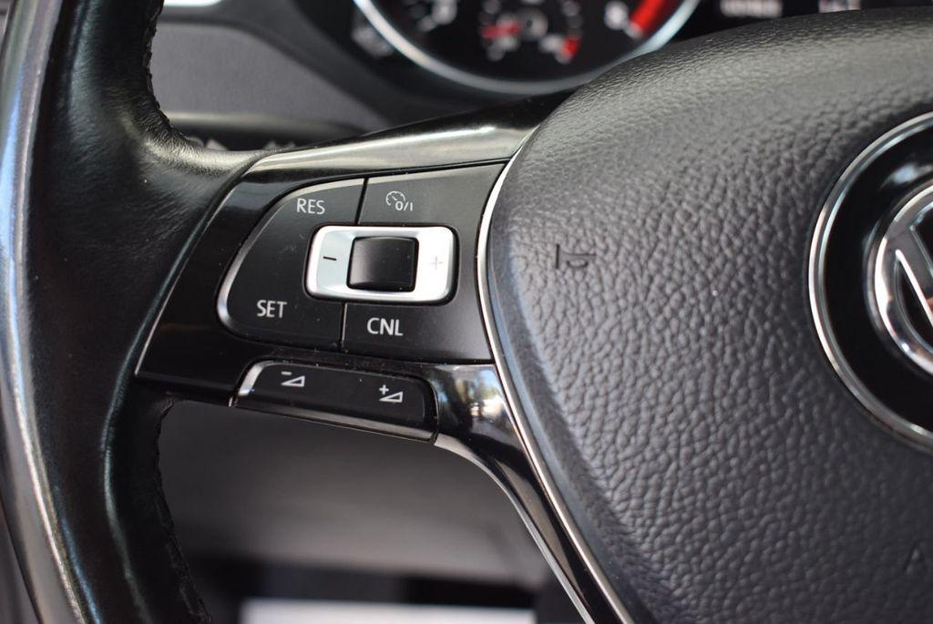 2017 Volkswagen Jetta 1.4T SE Automatic - 18497679 - 18