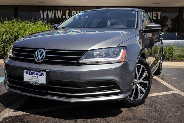 2017 Vw Jetta >> 2017 Used Volkswagen Jetta 1 4t Se Automatic At Driven Auto Of Oak Forest Il Iid 19160739