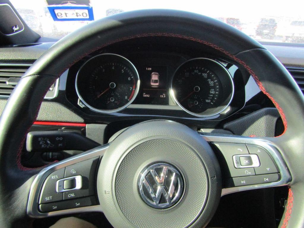 2017 Volkswagen Jetta GLI Manual - 18326769 - 10
