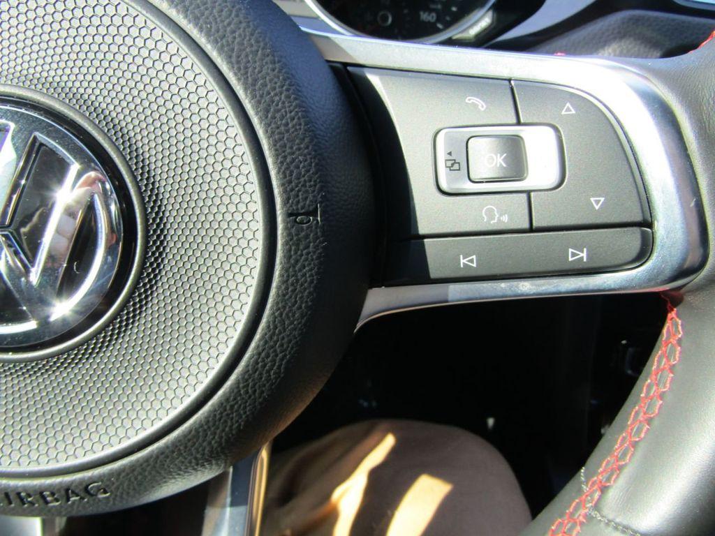 2017 Volkswagen Jetta GLI Manual - 18326769 - 12