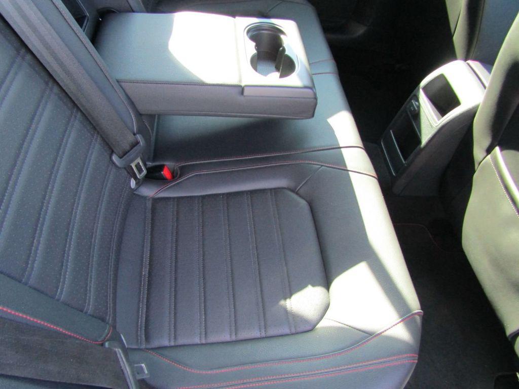2017 Volkswagen Jetta GLI Manual - 18326769 - 26