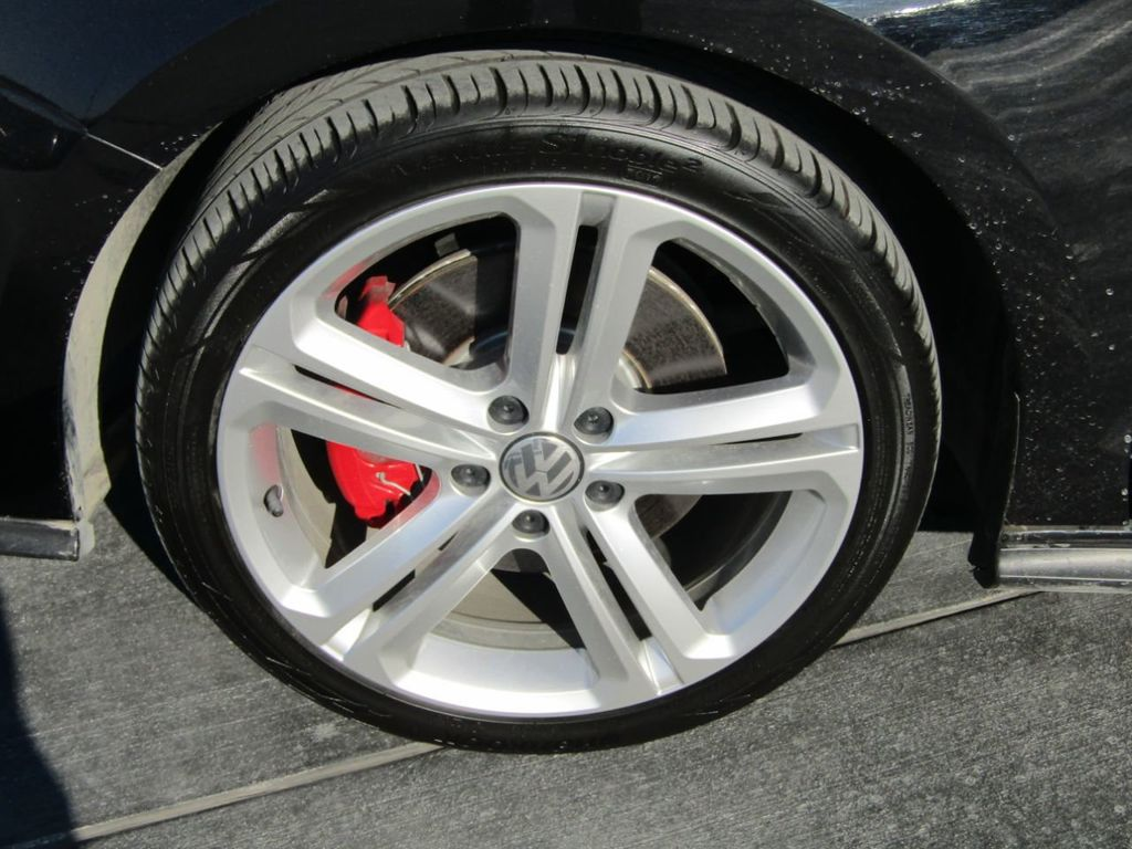2017 Volkswagen Jetta GLI Manual - 18326769 - 38