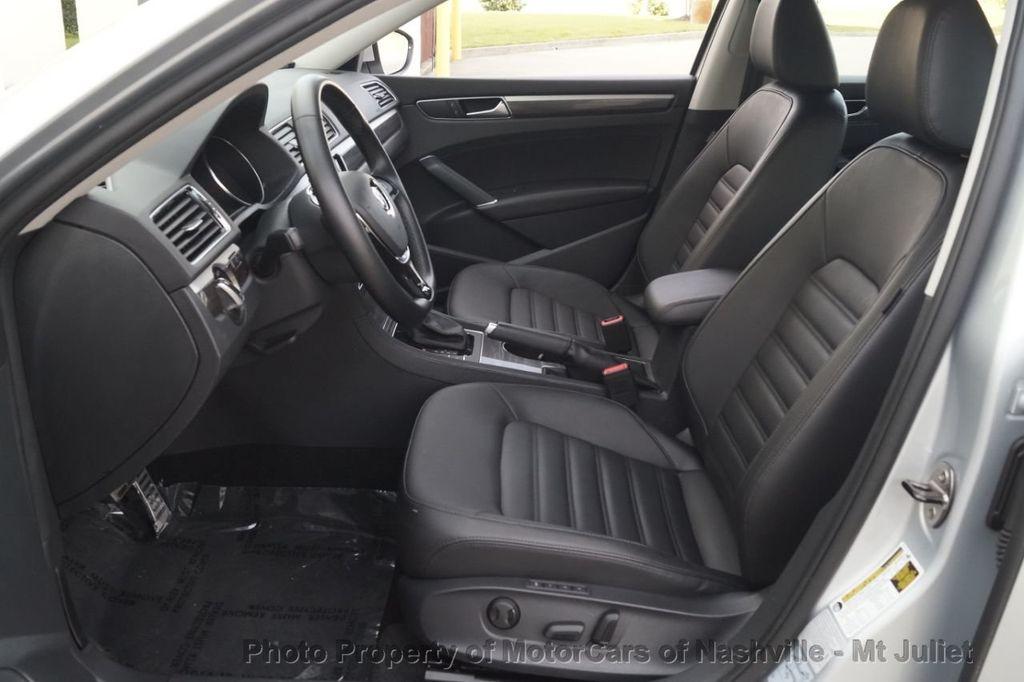 2017 Volkswagen Passat 1.8T SEL Premium Automatic - 18203177 - 19