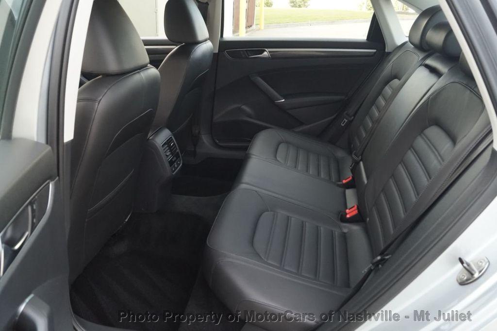 2017 Volkswagen Passat 1.8T SEL Premium Automatic - 18203177 - 21