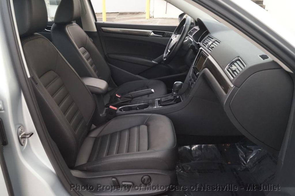 2017 Volkswagen Passat 1.8T SEL Premium Automatic - 18203177 - 22