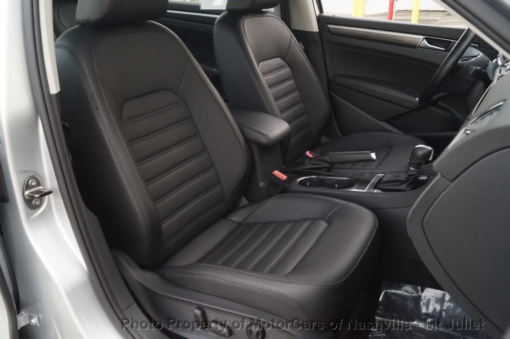 2017 Volkswagen Passat 1.8T SEL Premium Automatic - 18203177 - 23