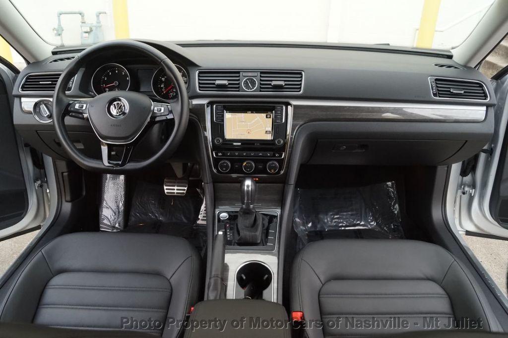2017 Volkswagen Passat 1.8T SEL Premium Automatic - 18203177 - 27