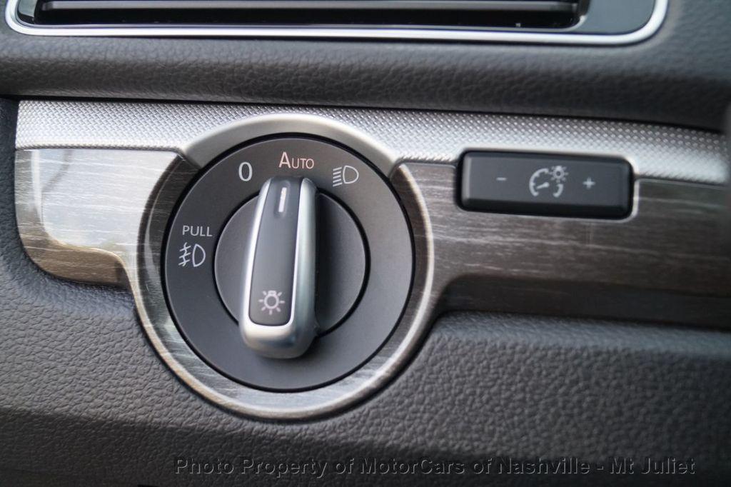 2017 Volkswagen Passat 1.8T SEL Premium Automatic - 18203177 - 40
