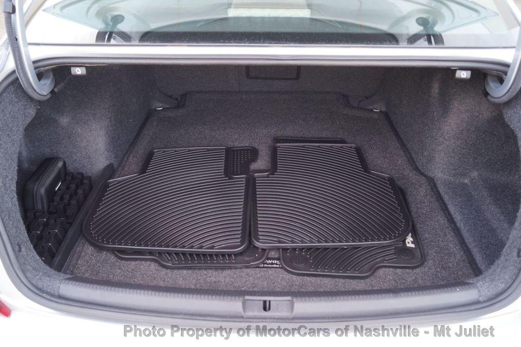 2017 Volkswagen Passat 1.8T SEL Premium Automatic - 18203177 - 43