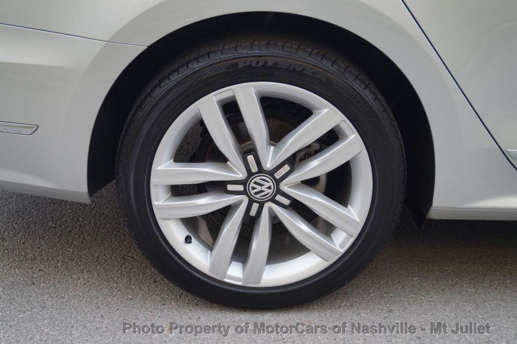 2017 Volkswagen Passat 1.8T SEL Premium Automatic - 18203177 - 44