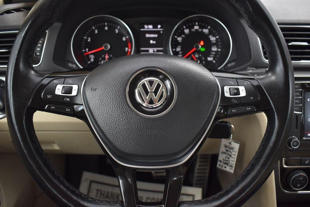 2017 Volkswagen Passat R-Line w/Comfort Pkg Automatic - 18378132 - 17