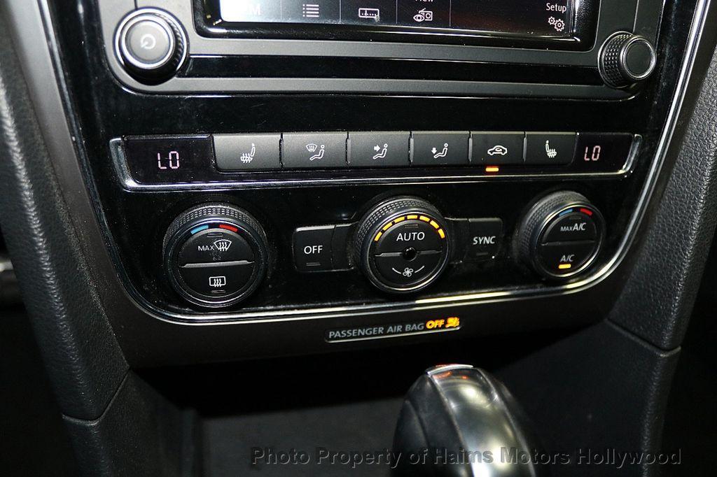 2017 Volkswagen Passat R-Line w/Comfort Pkg Automatic - 17900544 - 21