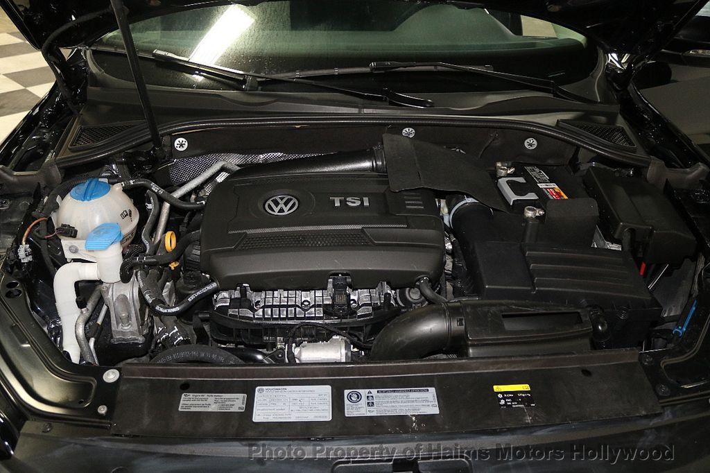 2017 Volkswagen Passat R-Line w/Comfort Pkg Automatic - 17900544 - 32