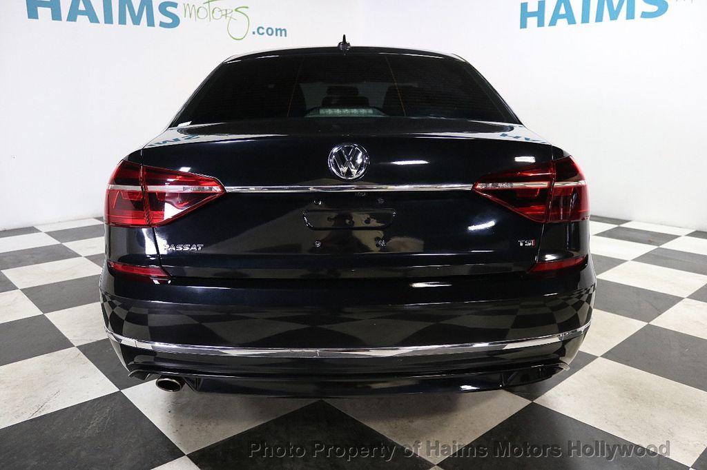 2017 Volkswagen Passat R-Line w/Comfort Pkg Automatic - 17900544 - 5