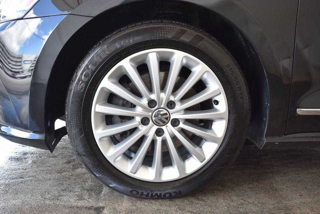 2017 Volkswagen Passat R-Line w/Comfort Pkg Automatic - 18151281 - 11