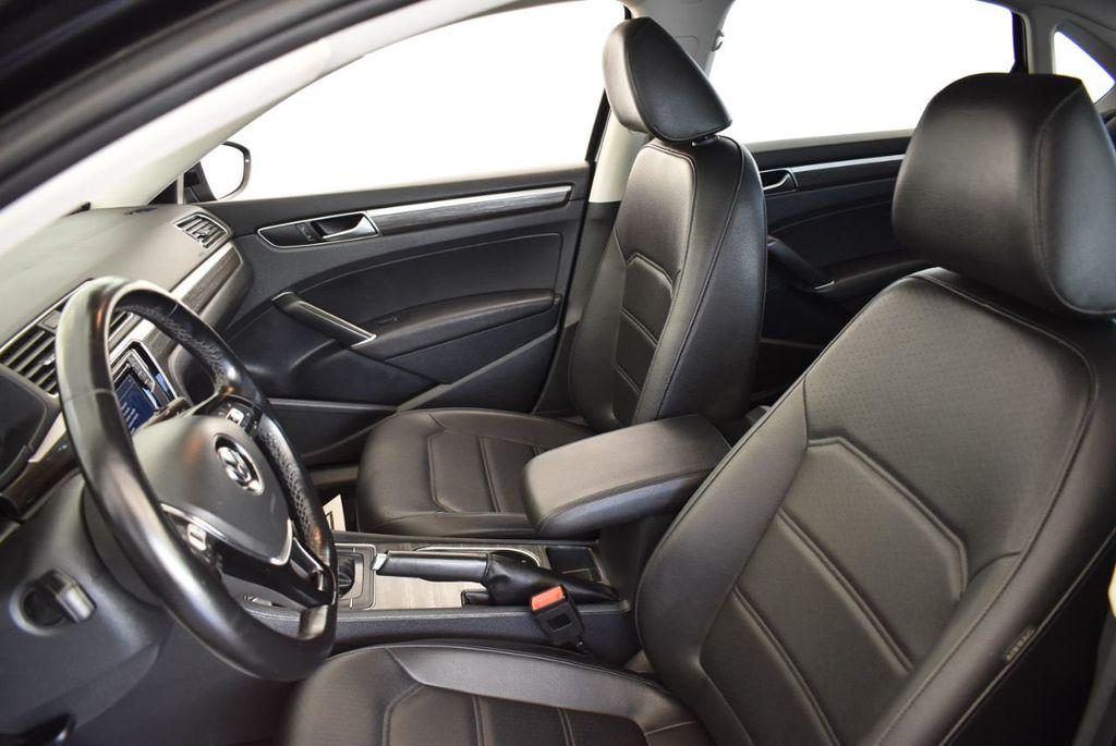 2017 Volkswagen Passat R-Line w/Comfort Pkg Automatic - 18151281 - 14