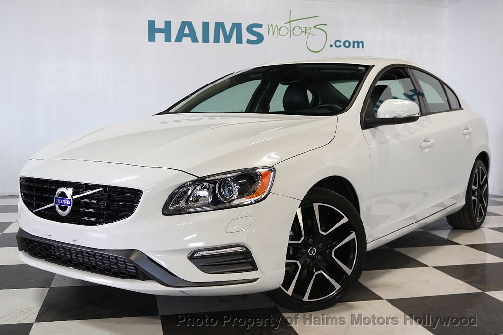 2017 Volvo S60 T5 FWD Dynamic - 17598886 - 1