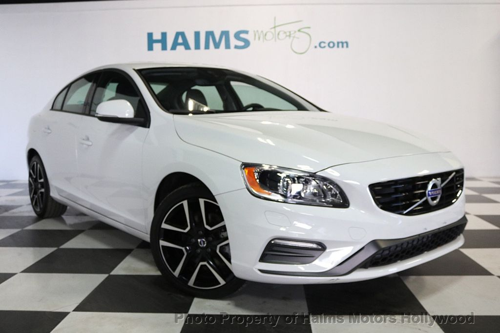 2017 Volvo S60 T5 FWD Dynamic - 17598886 - 3