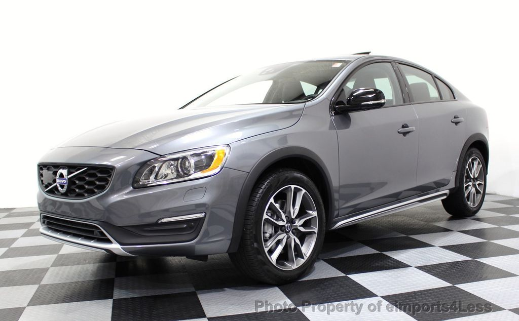 2017 Volvo S60 Cross Country CERTIFIED S60 CROSS COUNTRY T5 AWD SPORT UTILITY - 16747590 - 0