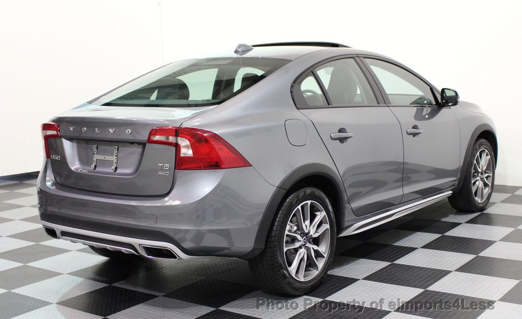 2017 Volvo S60 Cross Country CERTIFIED S60 CROSS COUNTRY T5 AWD SPORT UTILITY - 16747592 - 17