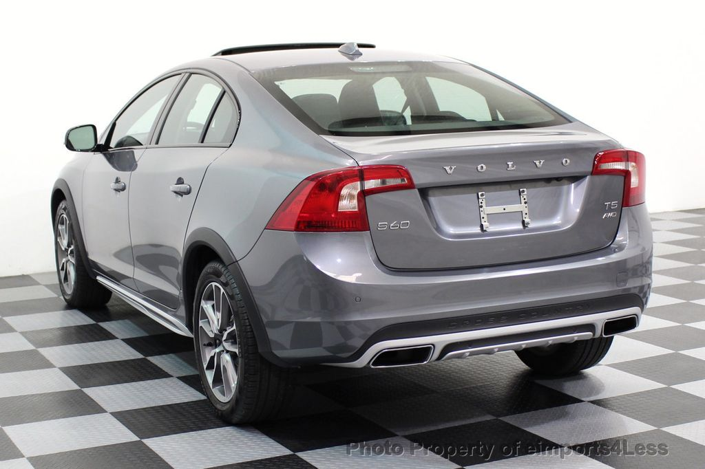 2017 Volvo S60 Cross Country CERTIFIED S60 CROSS COUNTRY T5 AWD SPORT UTILITY - 16747592 - 2