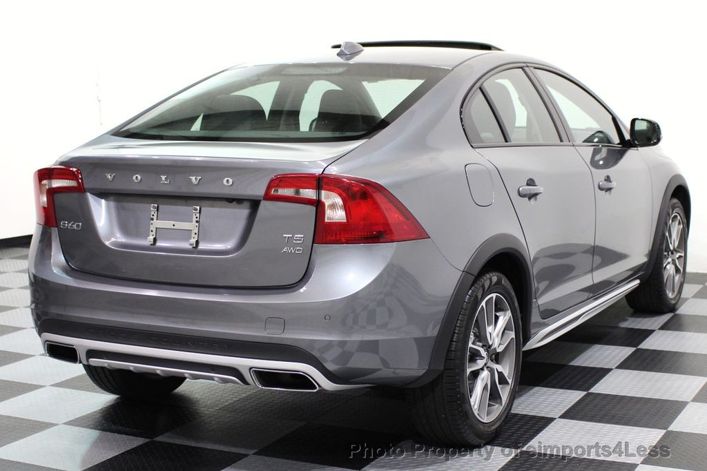 2017 Volvo S60 Cross Country CERTIFIED S60 CROSS COUNTRY T5 AWD SPORT UTILITY - 16747592 - 3