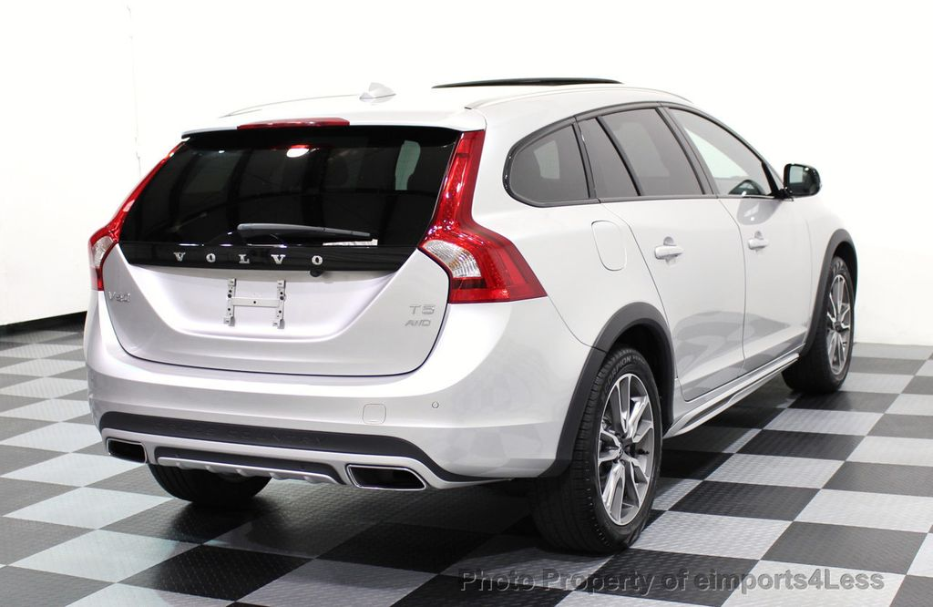 2017 Volvo V60 Cross Country CERTIFIED V60 CROSS COUNTRY T5 AWD CAMERA NAVI - 16747584 - 3