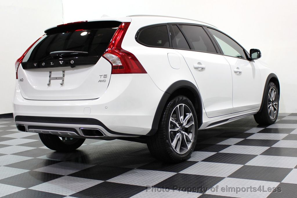 2017 Volvo V60 Cross Country CERTIFIED V60 CROSS COUNTRY T5 AWD CAMERA NAVI - 16747595 - 17