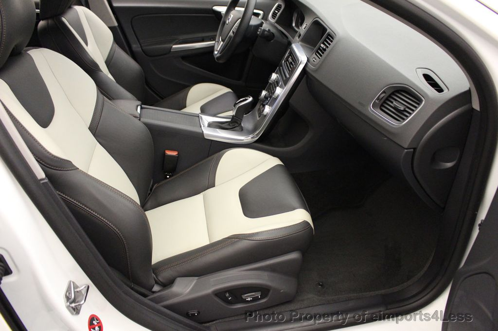 2017 Volvo V60 Cross Country CERTIFIED V60 CROSS COUNTRY T5 AWD CAMERA NAVI - 16747595 - 40