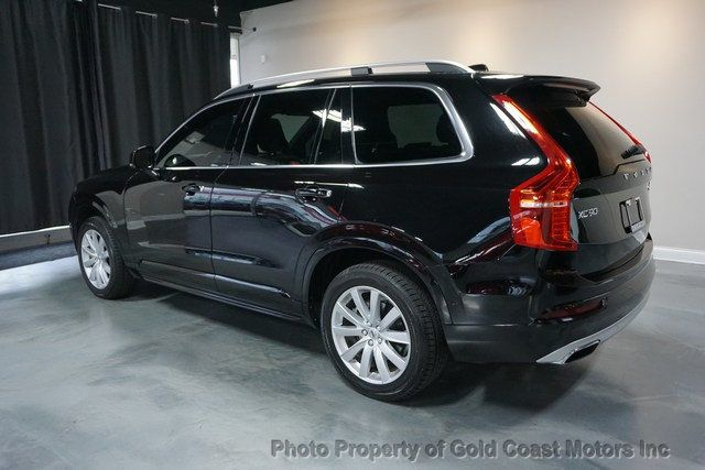 2017 Volvo XC90 T6 AWD 7-Passenger Momentum - Click to see full-size photo viewer