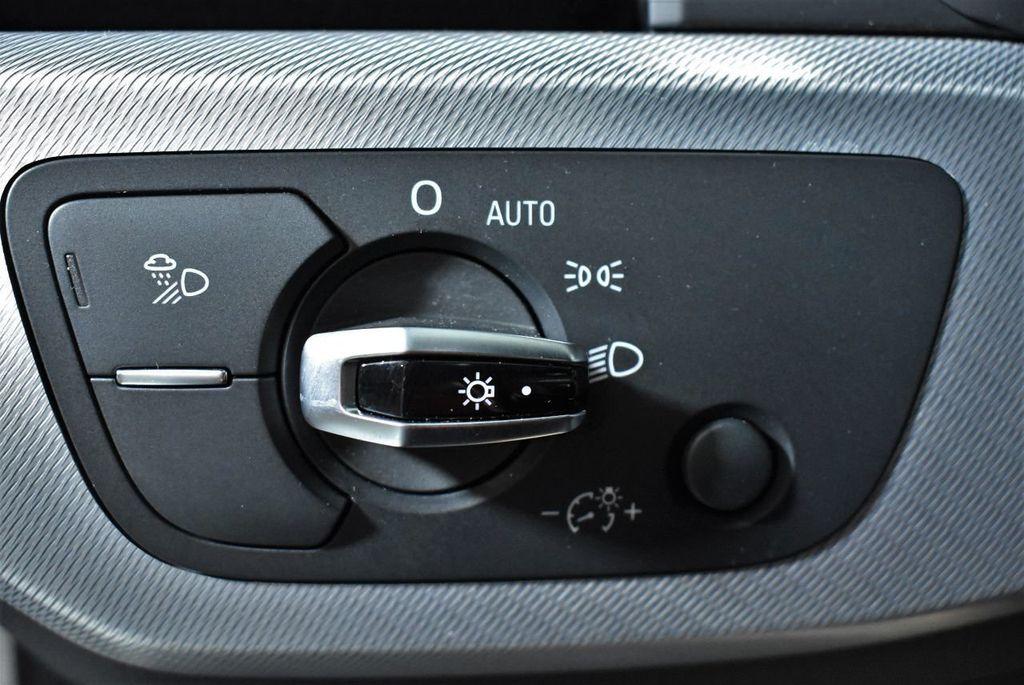 2018 Audi A4 2.0 TFSI Premium S Tronic quattro AWD - 17871058 - 18