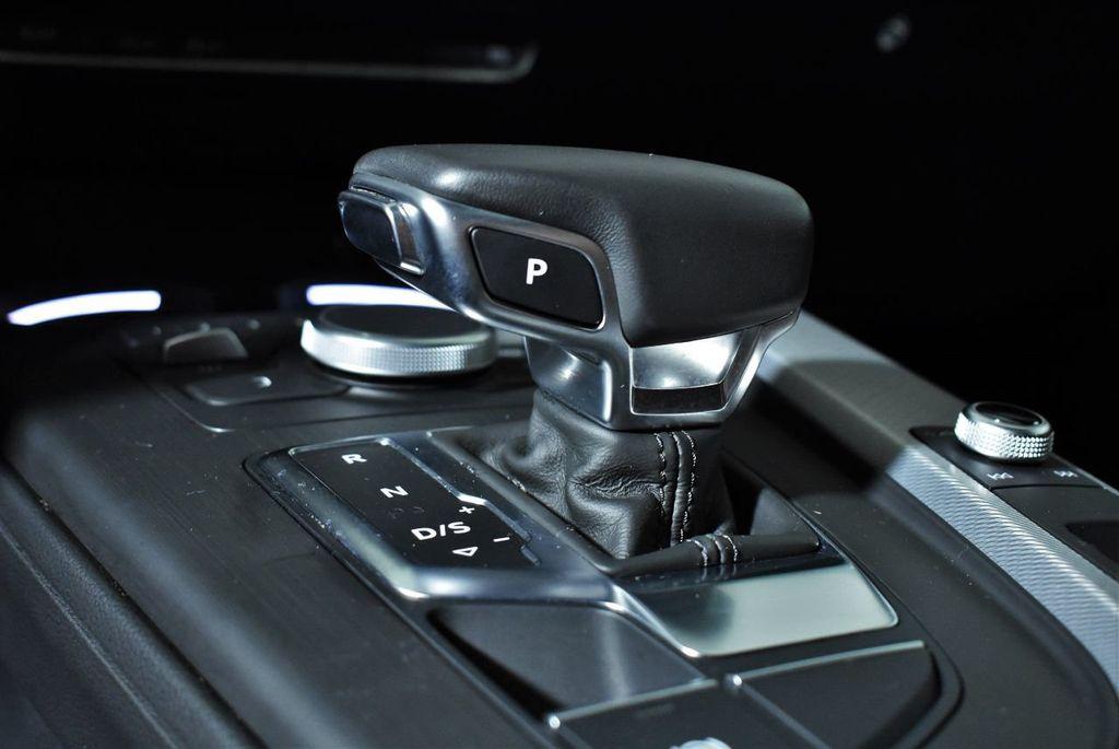 2018 Audi A4 2.0 TFSI Premium S Tronic quattro AWD - 17871058 - 19
