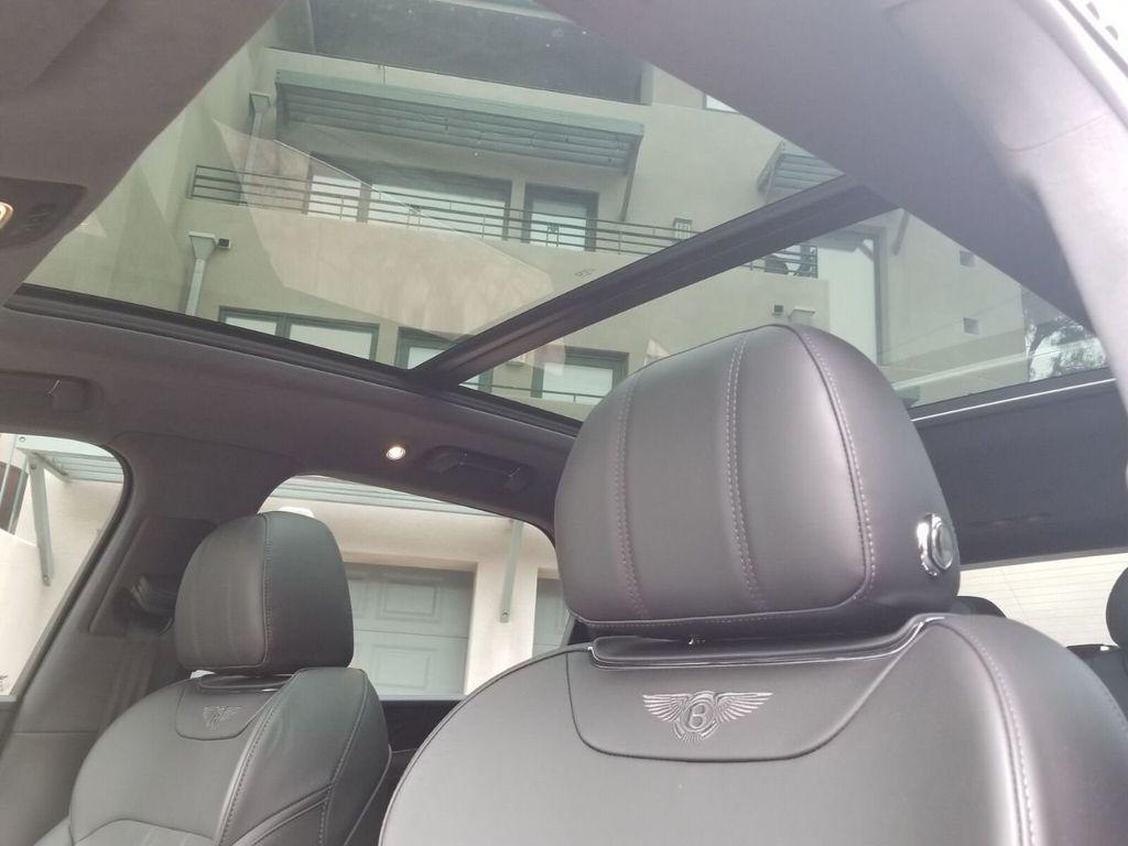 2018 Bentley Bentayga Onyx Edition AWD - 17887600 - 27