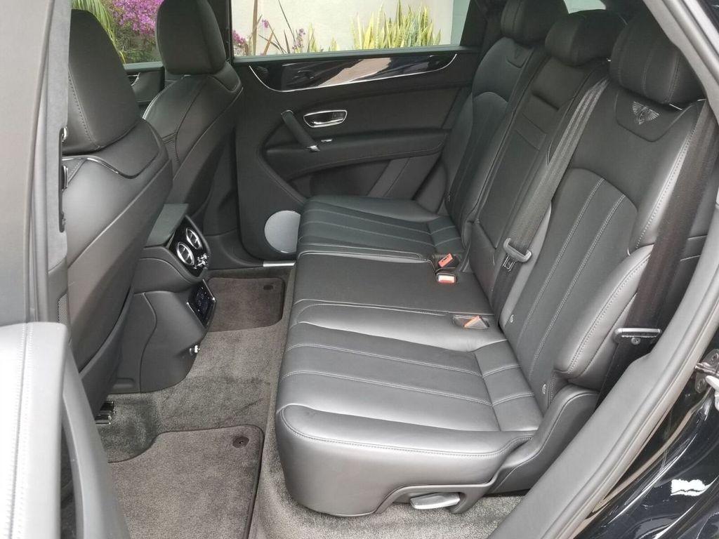2018 Bentley Bentayga Onyx Edition AWD - 17887600 - 28