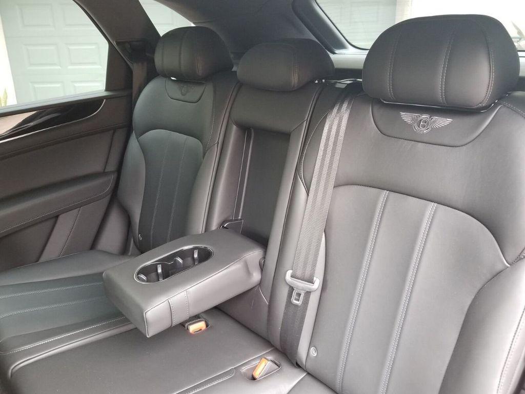 2018 Bentley Bentayga Onyx Edition AWD - 17887600 - 29