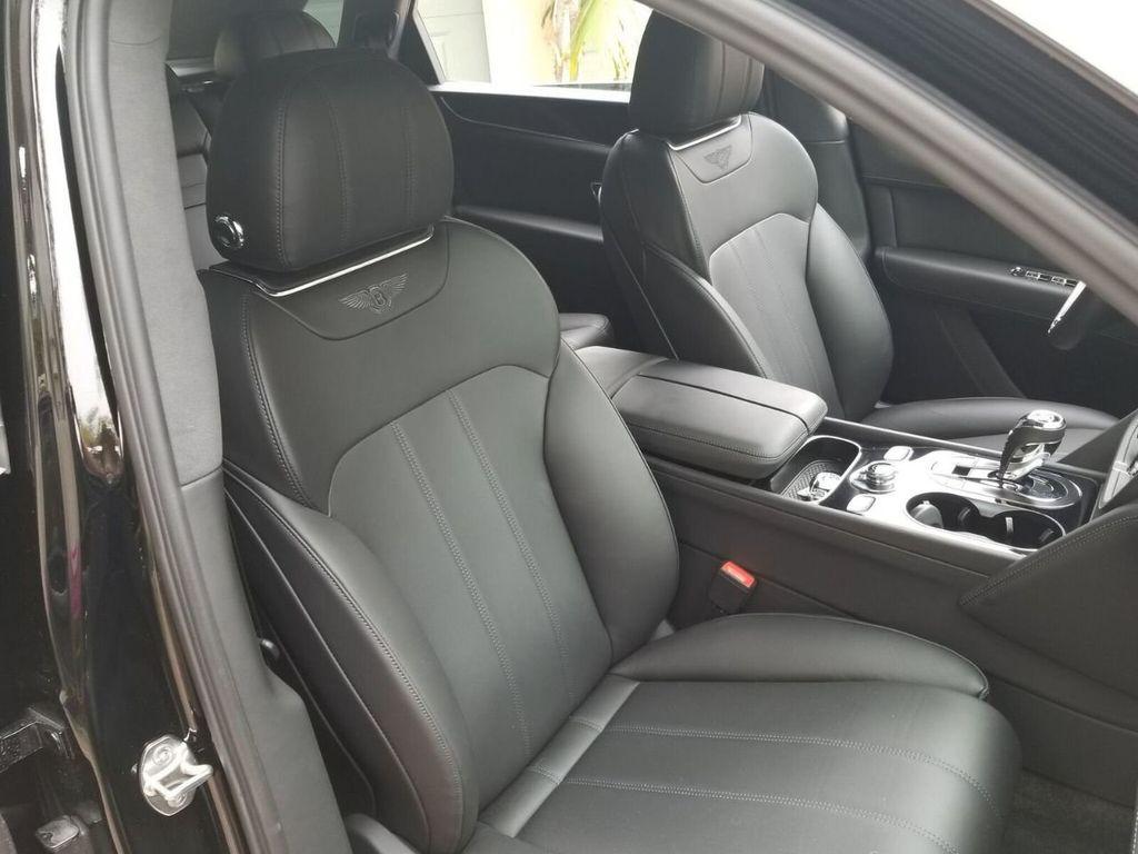 2018 Bentley Bentayga Onyx Edition AWD - 17887600 - 32