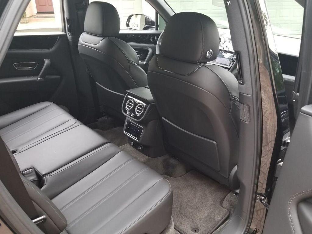 2018 Bentley Bentayga Onyx Edition AWD - 17887600 - 34