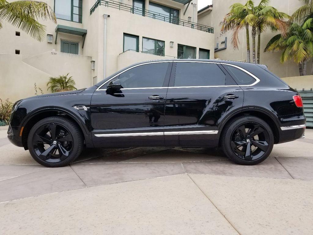 2018 Bentley Bentayga Onyx Edition AWD - 17887600 - 39