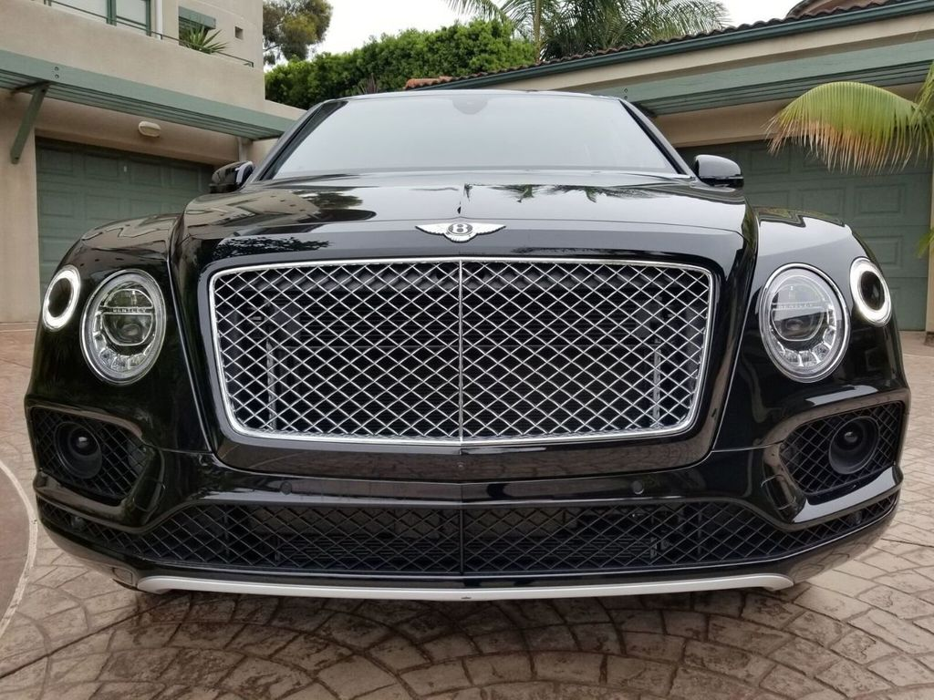 2018 Bentley Bentayga Onyx Edition AWD - 17887600 - 47