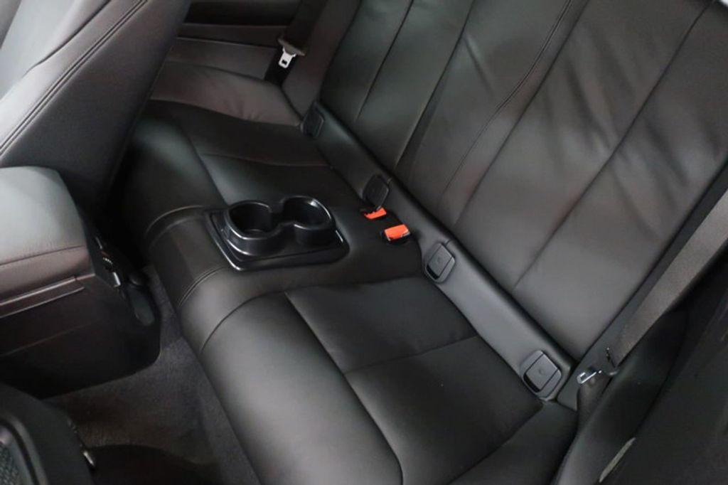 2018 BMW 2 Series M240i - 17034317 - 21