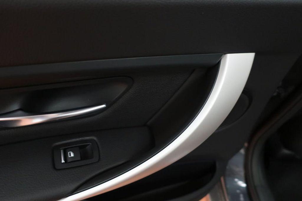 2018 BMW 3 Series 320i - 16945469 - 18